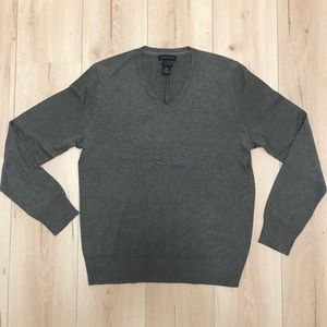 Gray Banana Republic V-Neck Sweater